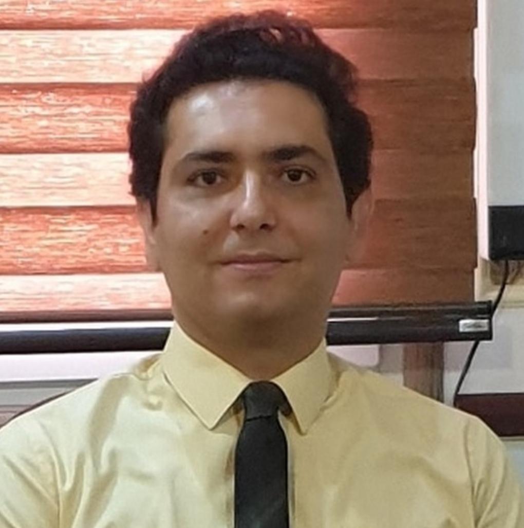 دکتر احسان کرباسی
