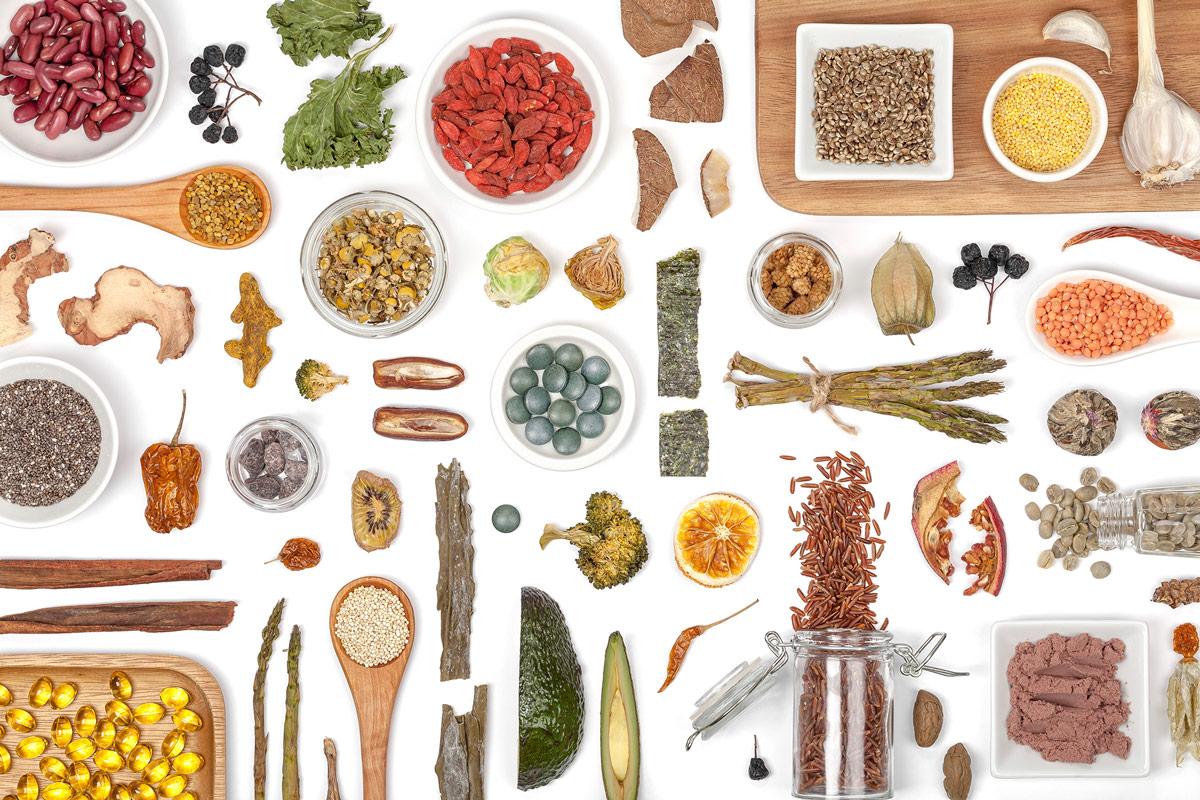 درمان سرطان رحم با طب سنتی | ۸ گیاه و ادویه ضد سرطان